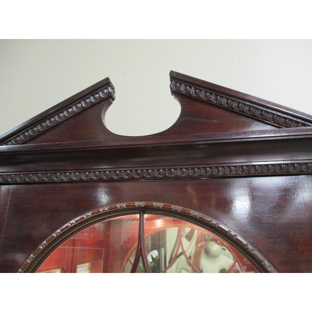 1990s Hickory White Breakfront Four-Door Inlaid Mahogany China Cabinet For Sale In Atlanta - Image 6 of 11