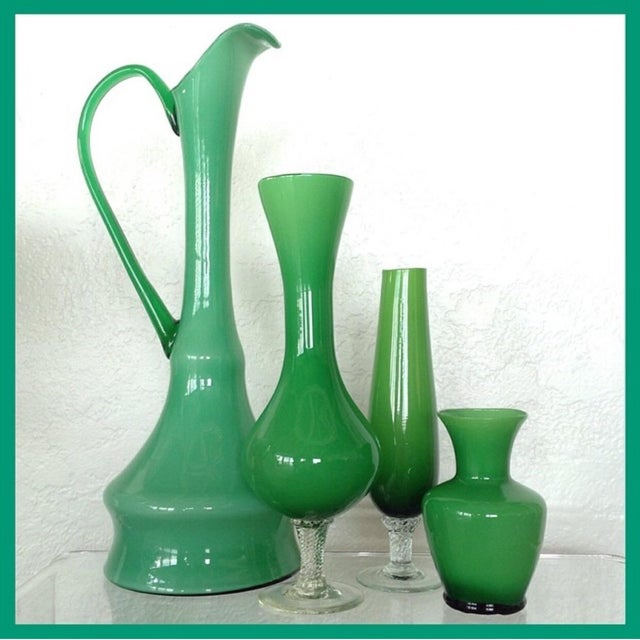 Boho Chic Kelly Green Empoli Vases - Set of 4 For Sale - Image 3 of 5