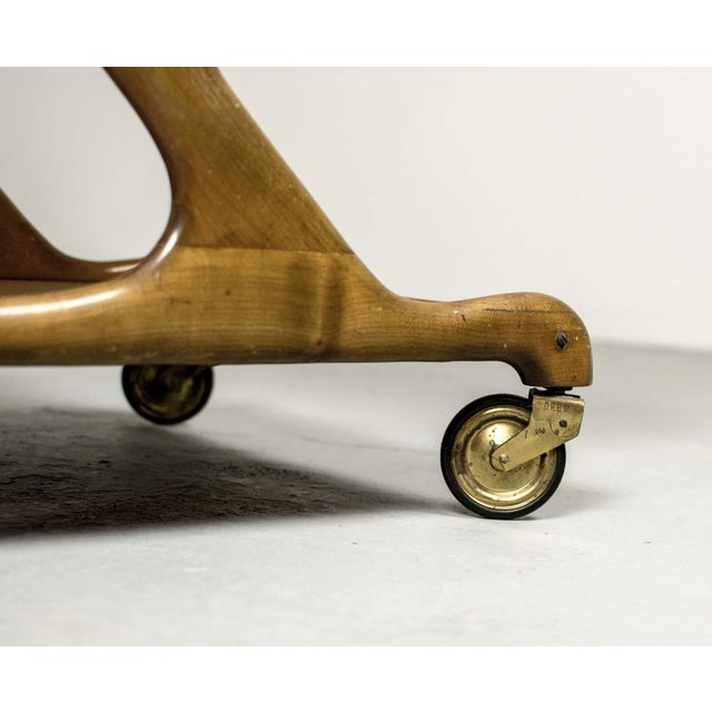 Tan Mid-Century Italian Design Walnut Bar Trolley by Cesare Lacca for Cassina, 1950s For Sale - Image 8 of 11