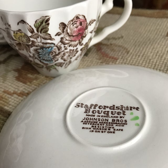 White 4 Vintage English Ironstone Cups & Saucers - 8 Pieces For Sale - Image 8 of 9