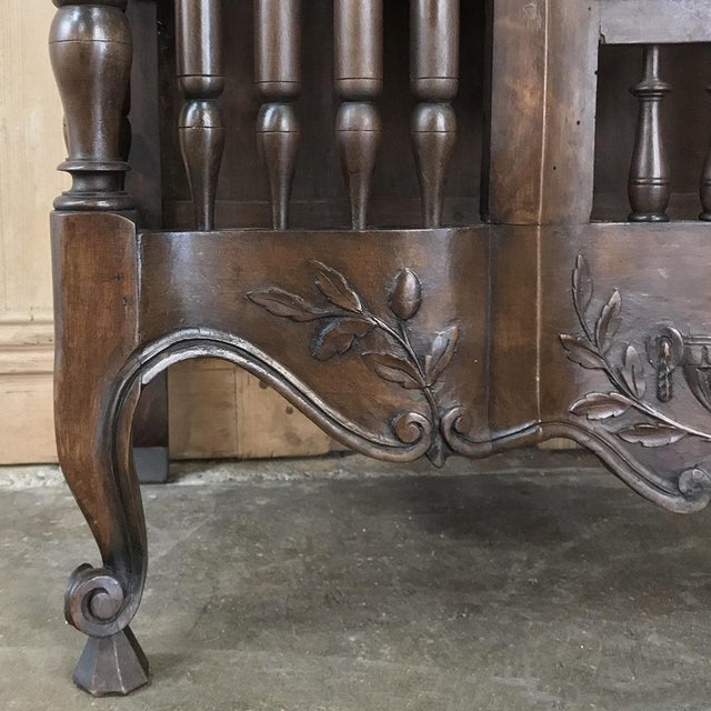 19th Century Country French Provincial Pannetiere For Sale - Image 10 of 13