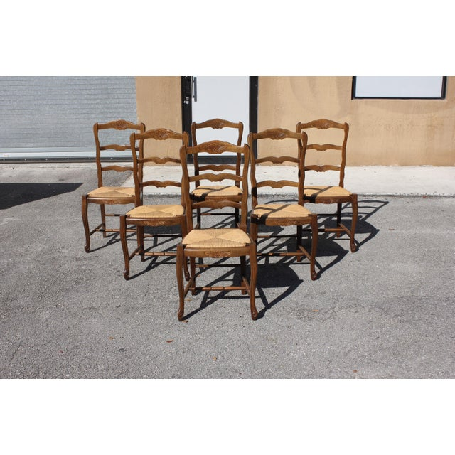 Rush 1910s Vintage French Country Rush Seat Solid Walnut Dining Chairs - Set of 6 For Sale - Image 7 of 13