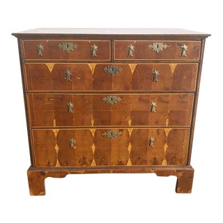 Early 19th Century Traditional English Chest of Drawers For Sale