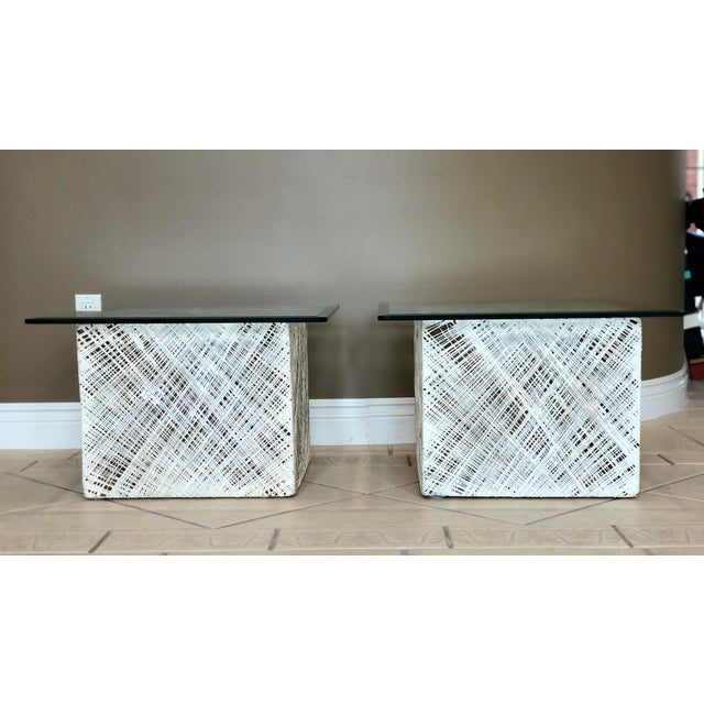 Boho Chic 1970s Mid-Century Modern Russell Woodard Spun Fiberglass Side Tables - a Pair For Sale - Image 3 of 6