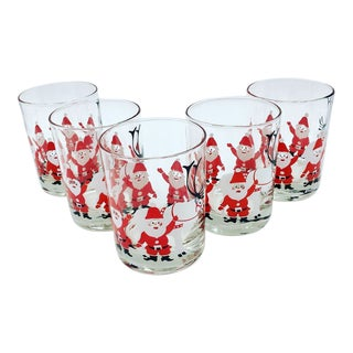 """Mid-Century Georges Briard """"Santa & Reindeer"""" Double Old Fashioned Glasses - Set of 5 For Sale"""
