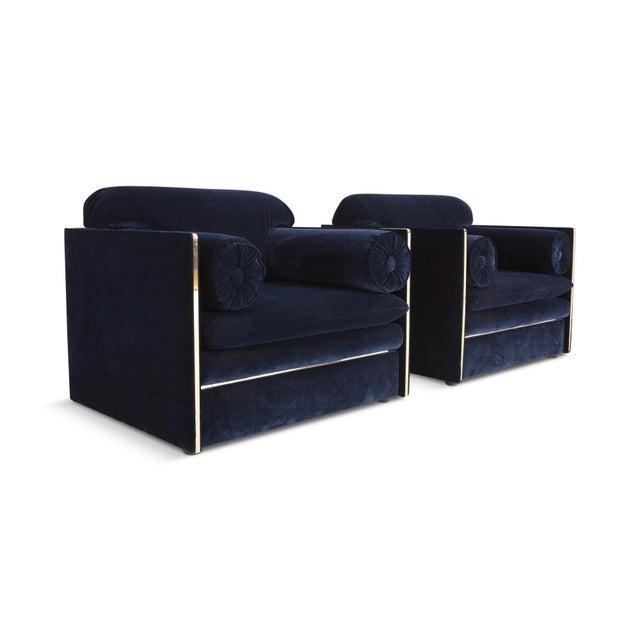1970s Italian Glam Armchairs in Dark Blue Velvet & Brass For Sale - Image 5 of 10