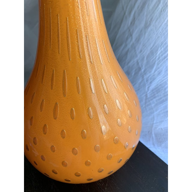1950s Murano Cased Tangerine Orange Glass With Gold Fleck Bullicante Genie Bottle Decanter For Sale - Image 11 of 13