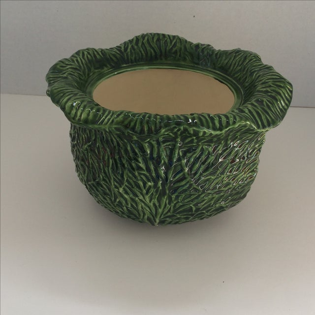 Green Covered Lettuce Ware Bowl - Image 4 of 7