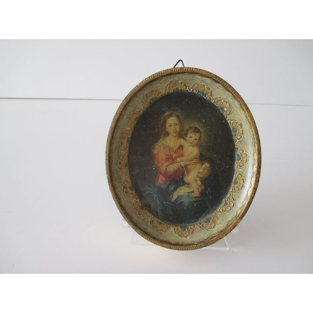 Petite Vintage Florentine Oval Print of Murillo: Madona and Child For Sale In Miami - Image 6 of 6