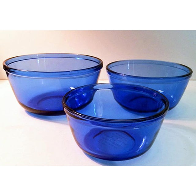 Vintage Anchor Hocking Cobalt Blue Glass Mixing Bowls - Set of 3 For Sale In Phoenix - Image 6 of 6