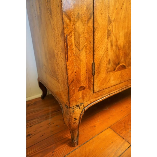 Brown 18th Century Walnut Secretaire For Sale - Image 8 of 13