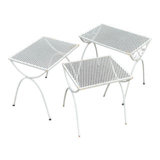 Mid-Century Modern Wrought Iron & Mesh Nesting Tables - Set of 3 For Sale