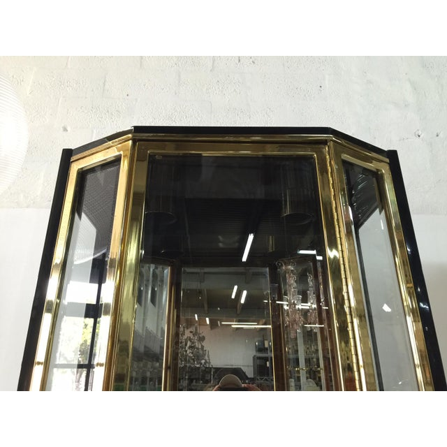 Henredon Black Lacquered and Glazed Display Cabinet by Henredon For Sale - Image 4 of 7