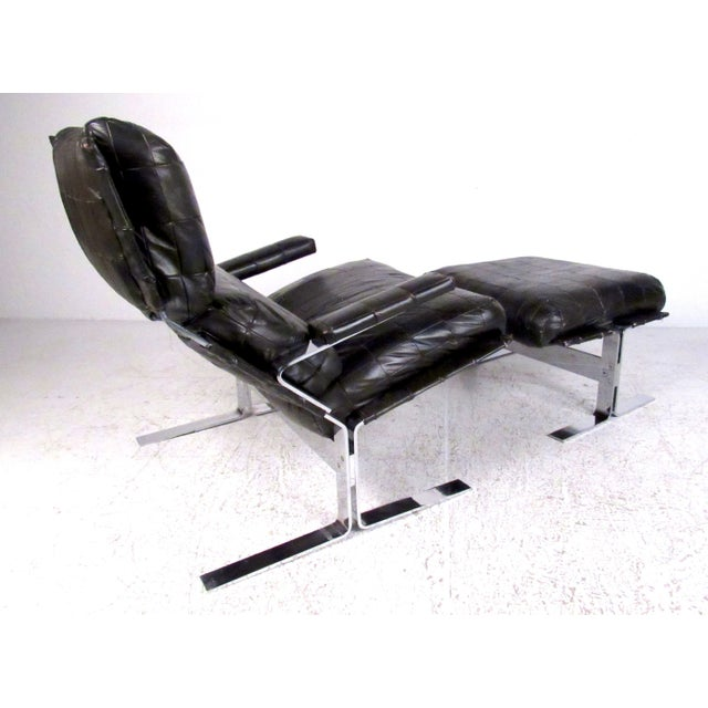 Mid-Century Modern Lounge Chair and Ottoman Attributed to Richard Hersberger For Sale - Image 3 of 13