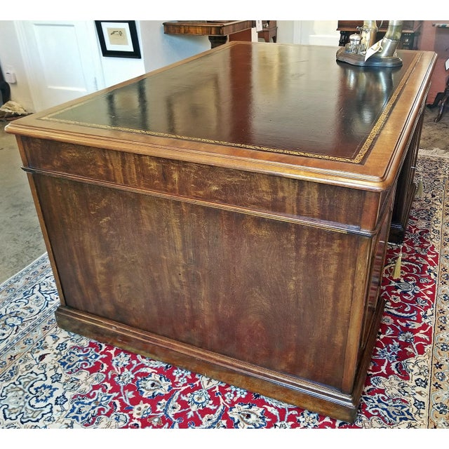Regency Early 19th Century William IV Mahogany Partners Desk For Sale - Image 3 of 13