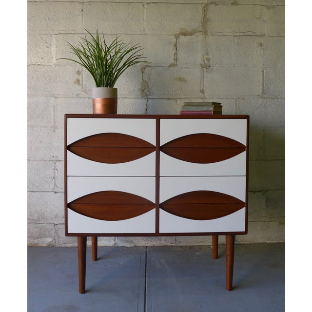 Mid-Century Modern Style White & Teak Dresser - Image 3 of 9