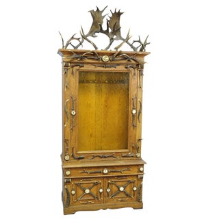 Fantastic Oak Wood Gun Cabinet With Antler Decoration Ca. 1900 For Sale