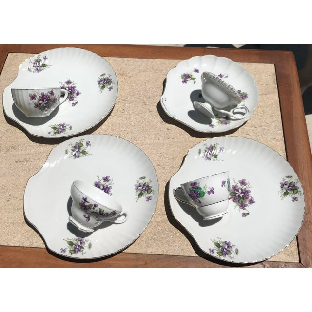 1990s Mid-Century Modern Purple Floral Tea Time Snack Plates and Cups - 8 Pieces For Sale In Sacramento - Image 6 of 7