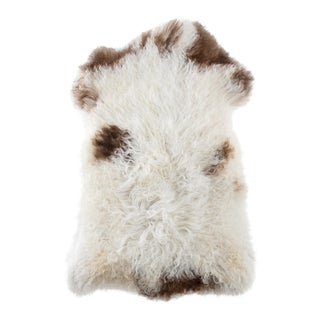 "Handmade Wool Sheepskin Pelt Rug - 2'2""x3'5"" For Sale"