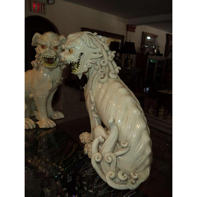 19th Century Porcelain Foo Dogs - a Pair For Sale - Image 4 of 11