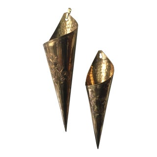 1960s Vintage Floral & Hammered Brass Cylindrical Wall Sconces - A Pair For Sale
