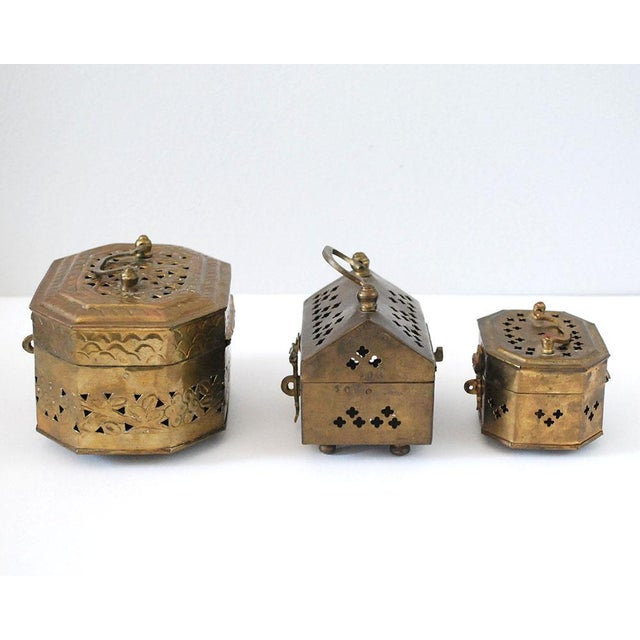 Mid 20th Century Vintage Indian Brass Cricket Boxes - Set of 3 For Sale - Image 5 of 8