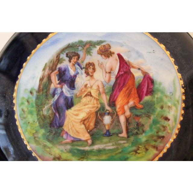 Traditional German Porcelain Lidded Trinket Box For Sale - Image 3 of 5