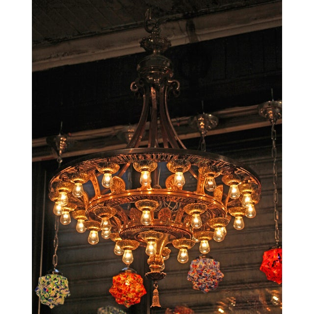 Late 20th Century Beaux Arts Style Chandelier For Sale In New York - Image 6 of 7