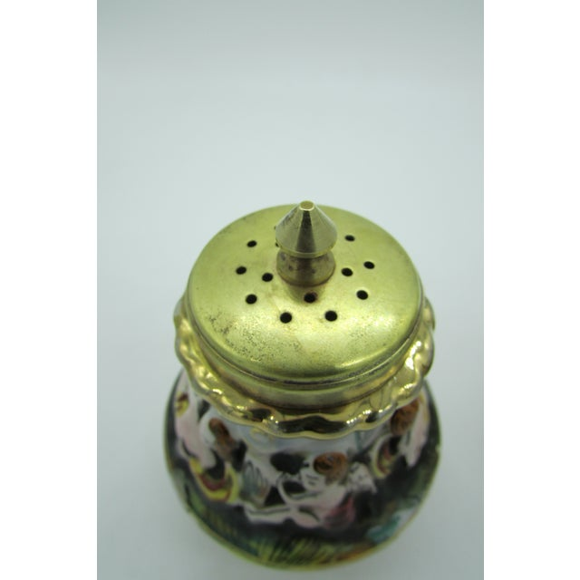 Mid 20th Century Vintage Italian Capodimonte High Relief Gold Gilded Salt Shaker & Pepper Mill For Sale - Image 5 of 8
