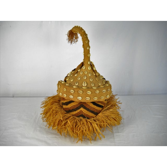 Kuba Mukenga Moshambwooy African Helmet For Sale - Image 4 of 9