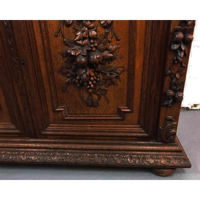 French Antique Hand Carved Oak Sideboard - Image 7 of 10