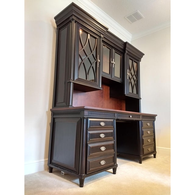 Home or Office Desk Credenza Hutch Combination - a Great Piece in Great Condition at a Great Price For Sale - Image 4 of 13