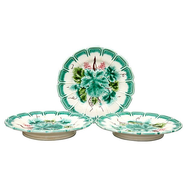 Mid 20th Century Vintage French Majolica Serving Plates For Sale - Image 5 of 5