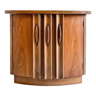 Vintage 1960s Thomasville Nightstand For Sale