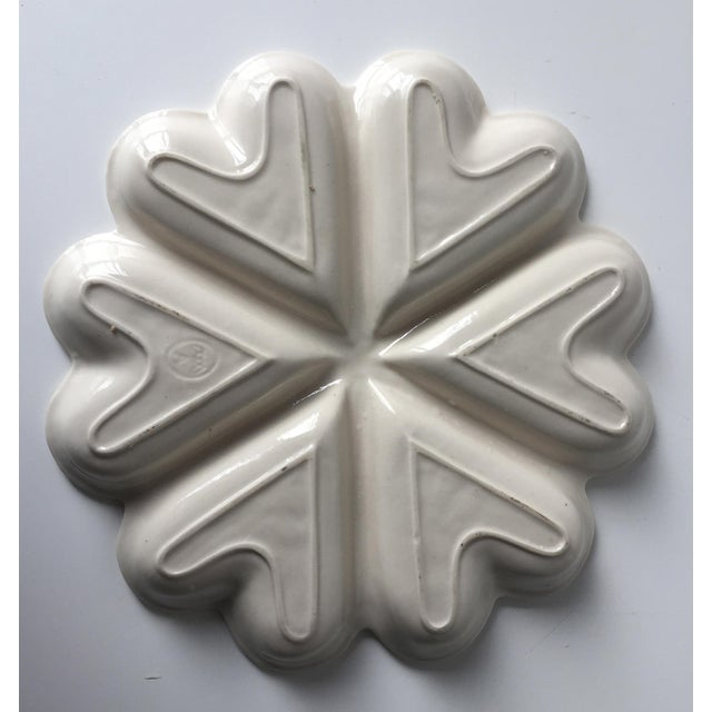 English Traditional Vintage Salt Glazed Heart Shaped Dish For Sale - Image 3 of 7