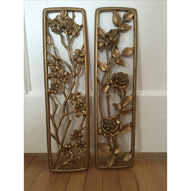 Vintage Floral Wall Plaques - Set of 2 - Image 2 of 5