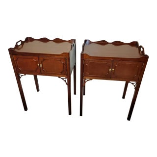 Late 20th Century Councill Craftsmen Furniture Mahogany Side Tables - Pair For Sale