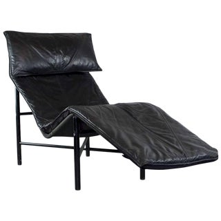 Tord Bjorklund Chaise Longue in Black Leather, Sweden 1970s For Sale