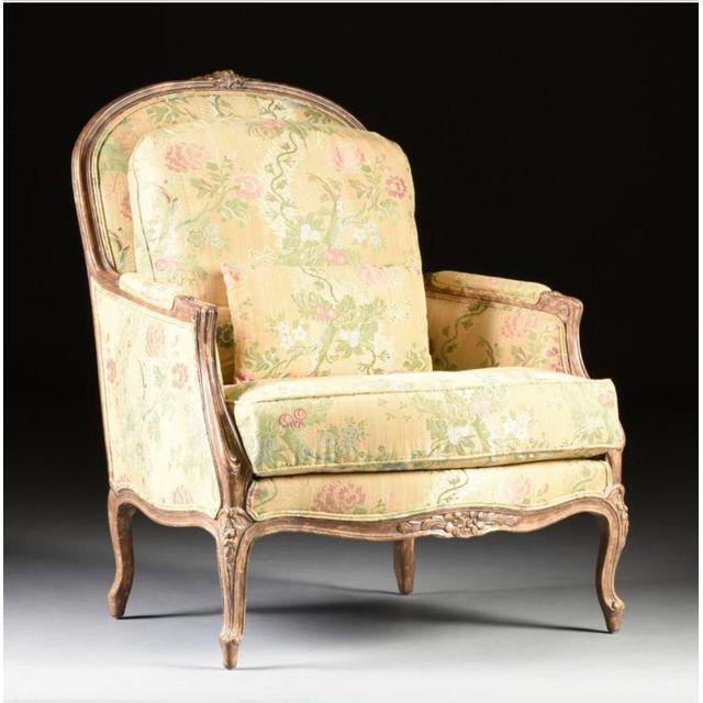 French Louis XV Style Bergere & Footstool For Sale - Image 3 of 8