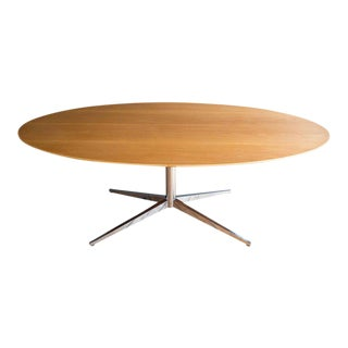 Florence Knoll Oval Star Base Conference or Dining Table