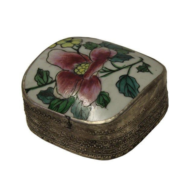 Asian Chinese Floral Porcelain Nickel Trinket Box For Sale - Image 3 of 5