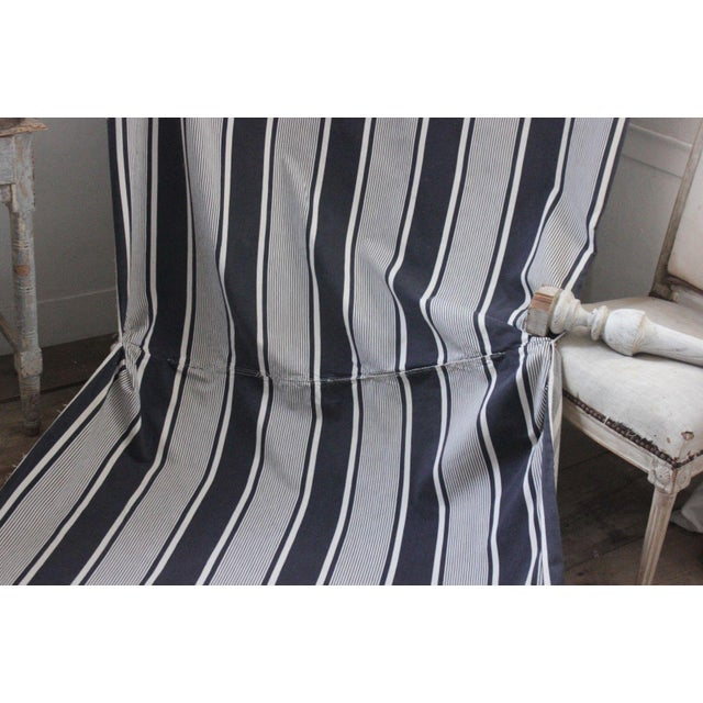 "Antique French Indigo Blue Stripes Ticking Denim Fabric - 51"" X 150"" For Sale - Image 4 of 6"