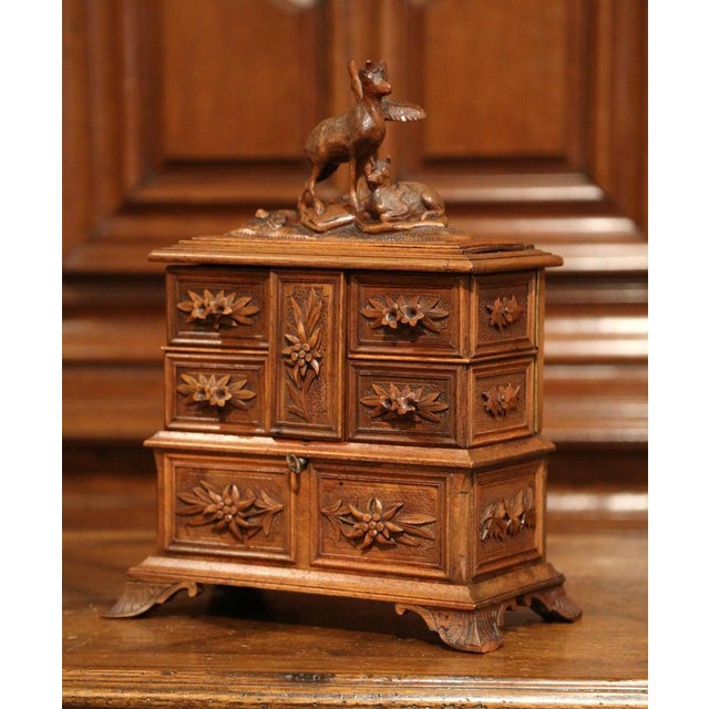 Late 19th Century 19th Century French Black Forest Carved Walnut Jewelry Box For Sale - Image 5 of 13