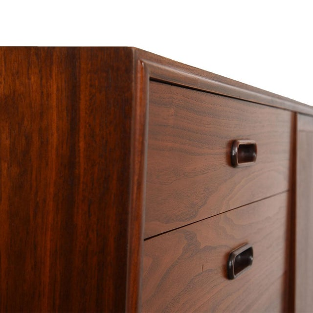 This beautiful and gracious gentleman's chest has designer characteristics, in addition to functionality . Features six...