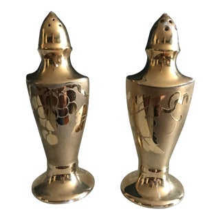Hollywood Regency Hand-Decorated Gold Salt and Pepper Shakers Set For Sale