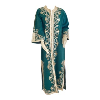 Vintage Moroccan Caftan Emerald Green Maxi Dress, Circa 1970 Size M For Sale