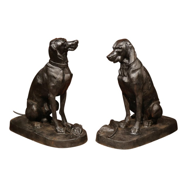 Pair of Lifesize French Iron Hunting Labradors Retrievers after Jacquemart For Sale