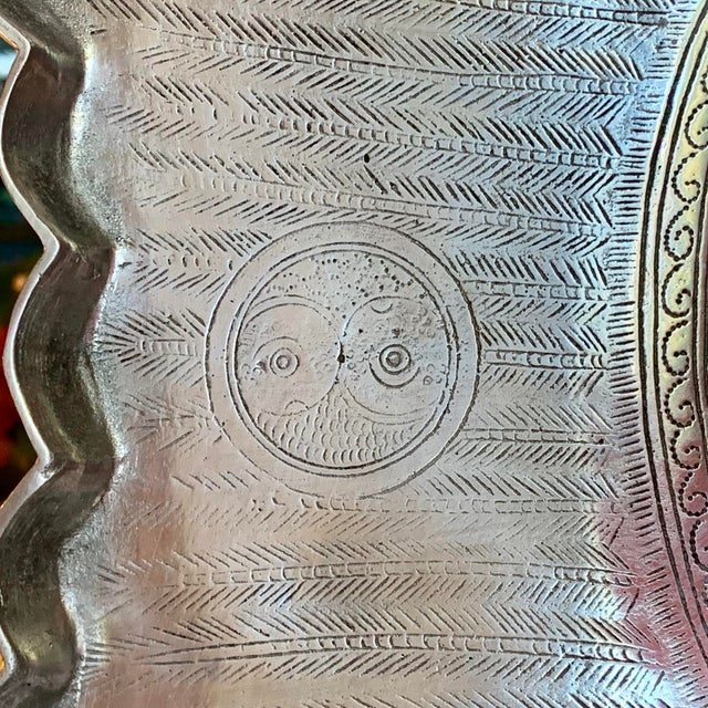 "Metal 1975 Vintage Arthur Court Engraved Aluminum Fish Tray / Platter - 24"" For Sale - Image 7 of 11"