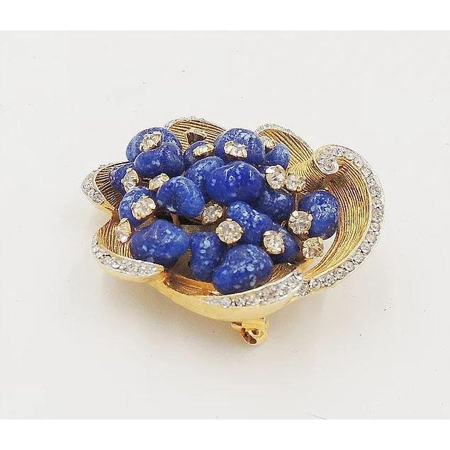 1960s Vintage 1960s Signed Kramer Faux-Lapis Rhinestone Pin For Sale - Image 5 of 8