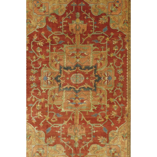 Indian Serapi design rug. Hand-knotted in fine lambswool. This rug has a dense, soft pile, and excellent quality, to...